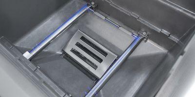 Dwa palniki ze stali nierdzewnej, chronione przez specjalne szyny, osiągają moc 9,4 kW/h.