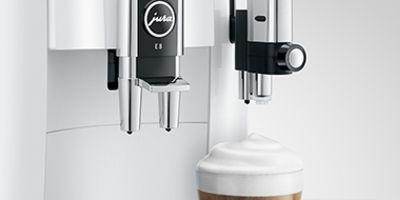 Dysza do spieniania mleka pozwala na stworzenie kawowych pyszności z delikatną pianką
